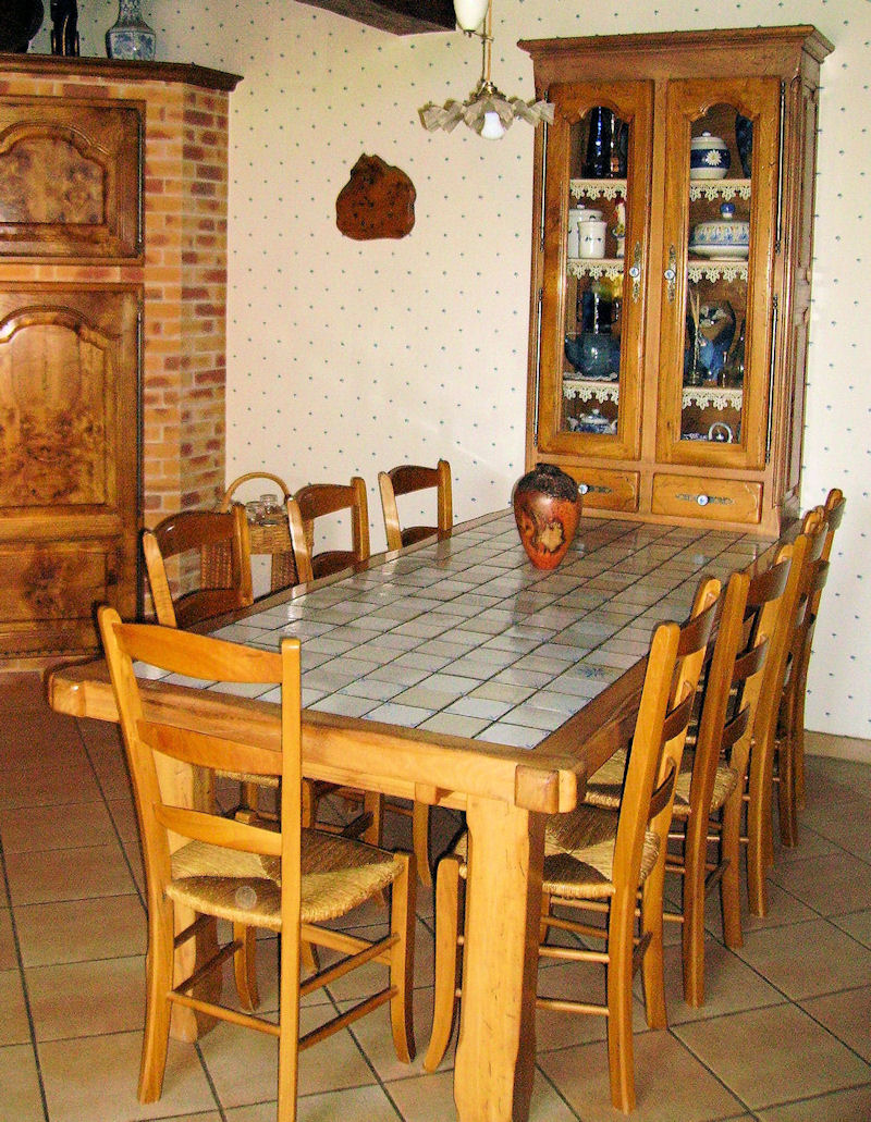 Modele de table de cuisine 20170715050501 for Modele de table de cuisine